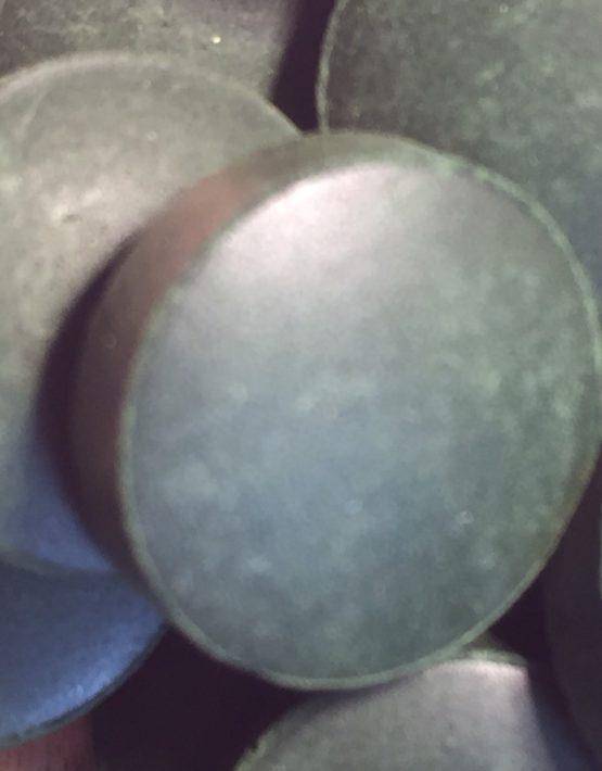 spirulina-tablet-close-up